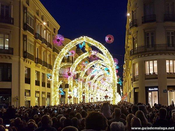 ¿Cuándo se encienden las luces y música de Navidad en Málaga?